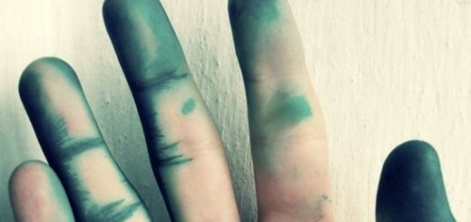 Как отмыть зеленку с тела?